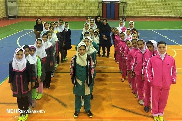 اختتامیه مسابقات فوتسال دانشآموزان دختر استان بوشهر برگزار شد