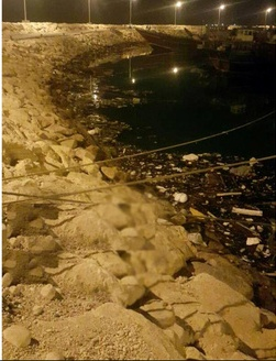 انتقاد کارگران کنگان از آلودگی اسکله/ روابط عمومی شهرداری: نظافت اسکله وظیفه اداره بندر است